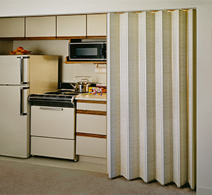 accordion folding privacy door